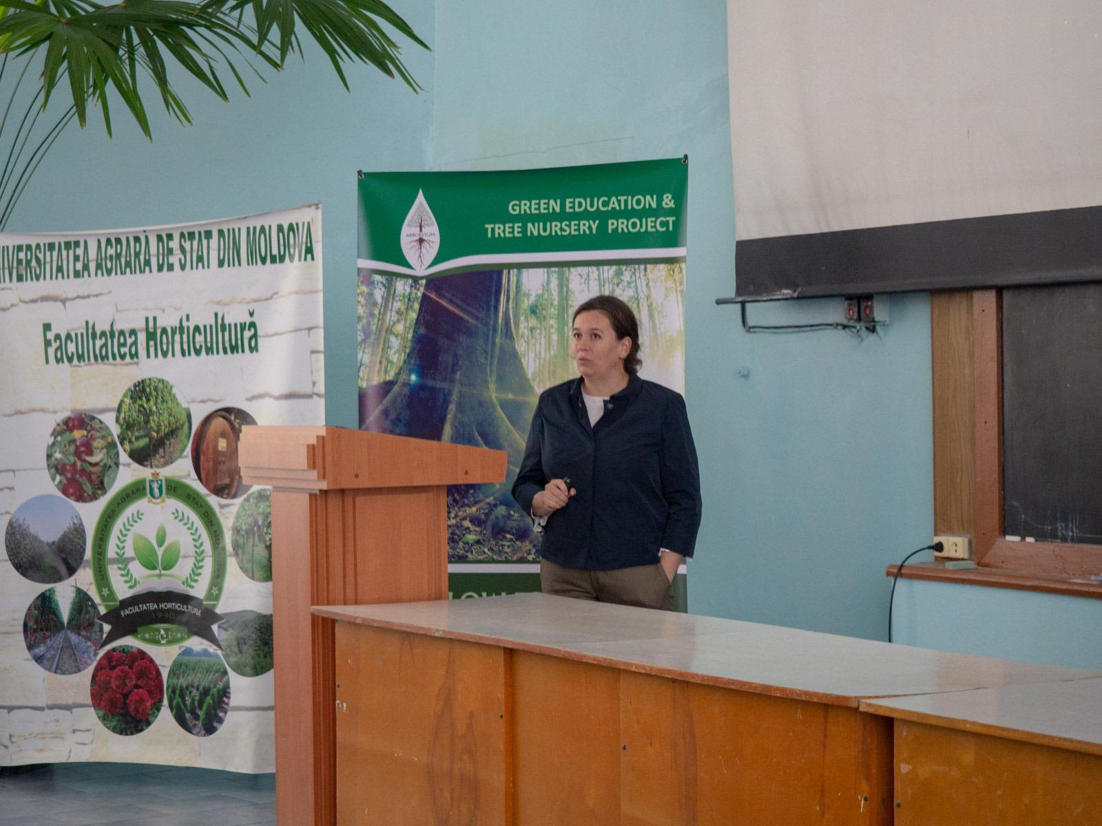Родика Иорданов осветила основные юридические аспекты при планировании посадки нового леса